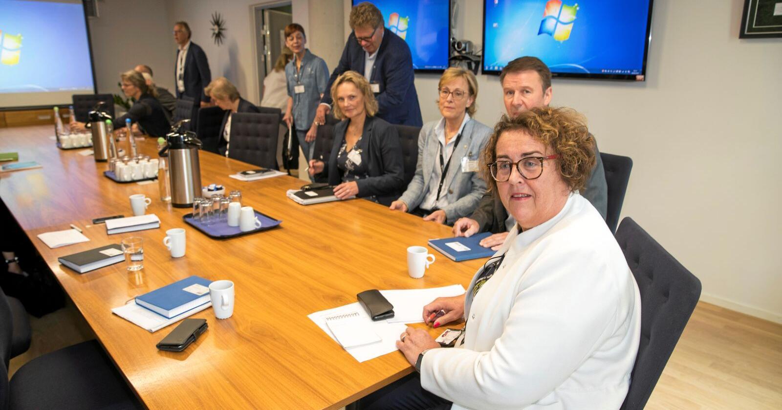 Møtte svinenæringen: Olaug Bollestad under et møte om dyrevelferd i juni i fjor. Foto: Terje Pedersen / NTB scanpix