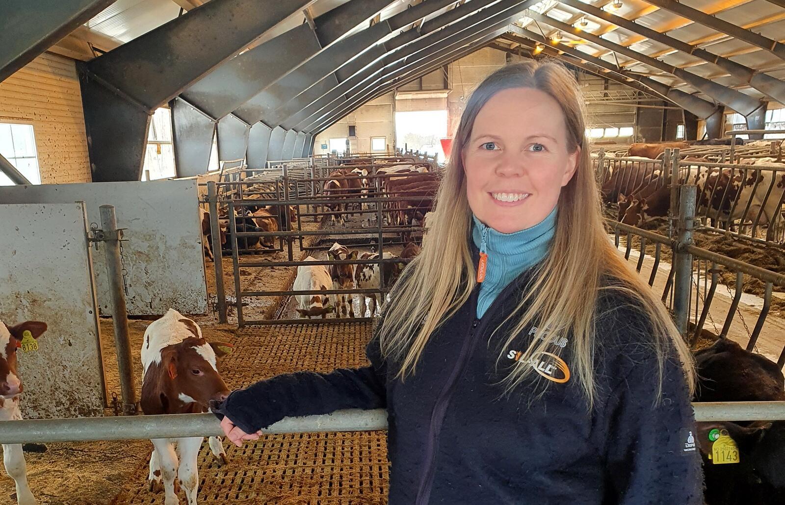 Hilde Kjersem Kolberg, melke- og kjøttprodusent fra Hustadvika, har satt stor pris på engasjementet til Marita Ruohoranta. Foto: Privat