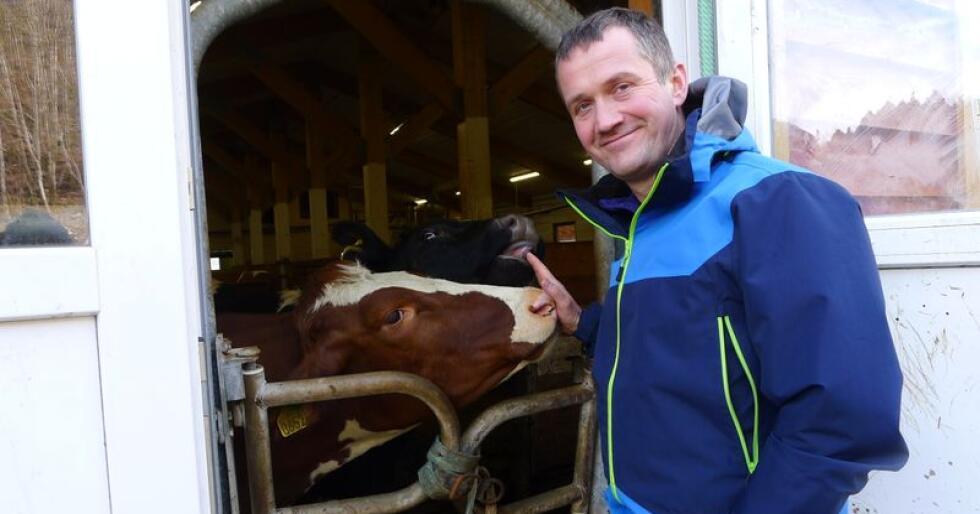 Ny leiar i Hordaland Bondelag : Peder Nærnes er utdanna agronom ved Voss jordbruksskule. Han har også studerte internasjonal politikk ved Universitetet i Bradford i England. Foto: Karl Erik Berge