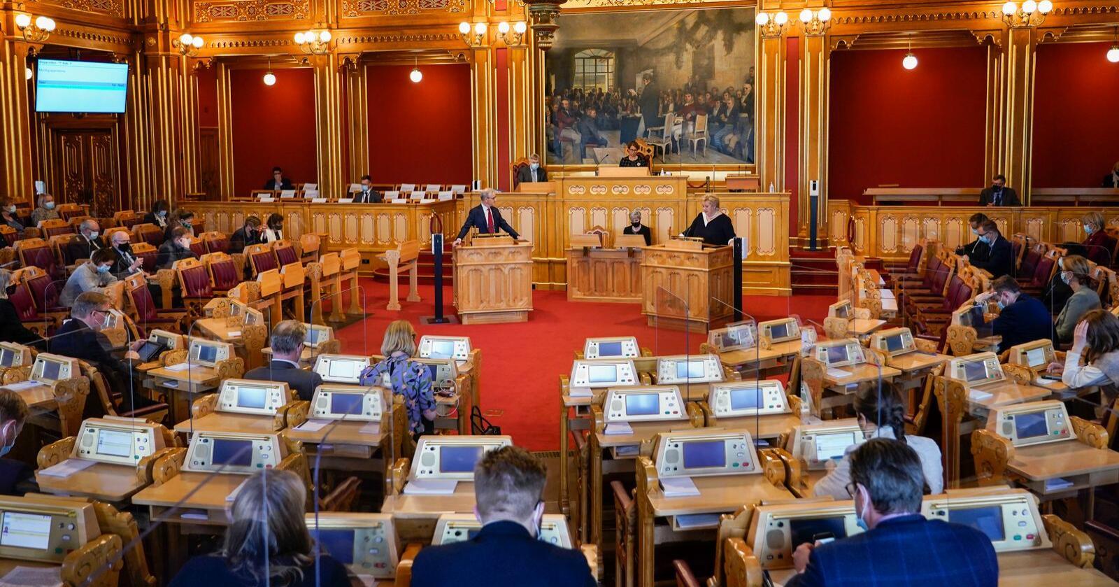 Mange nye fjes kan komme inn på Stortinget til høsten – og kjente ansikter forsvinner. Foto: Lise Åserud / NTB