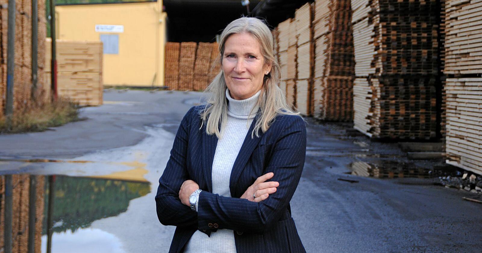 Kari Sandberg, administrerende direktør i EBA, etterlyser mer penger til kommuner og fylkeskommuner for stimulere til oppdrag for entrepenører rundt omkring i hele landet. Foto: Lars Bilit Hagen