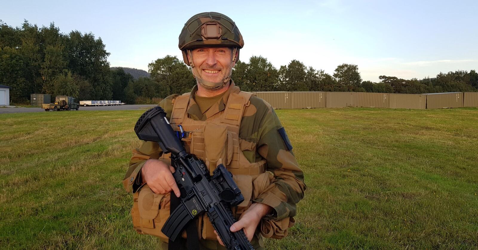 Lars Bugge Aarset, HV-soldaten som utfordret staten og vant i feriepengesaken, kan bli sittende igjen med kjemperegning. Foto: Privat