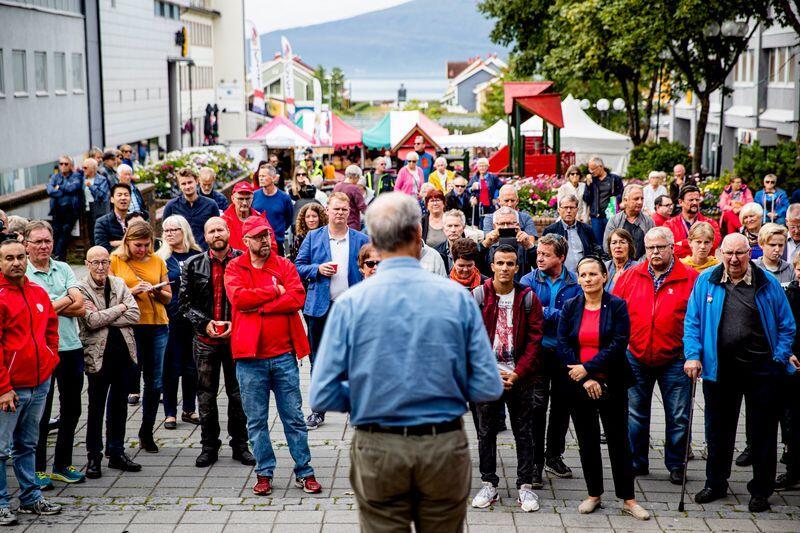 AP-leder Jonas Gahr Støre holder appell under besøket til Mo i Rana i Nordland i forbindelse med kommunestyre- og fylkestingsvalget 2019. Foto: Stian Lysberg Solum / NTB scanpix
