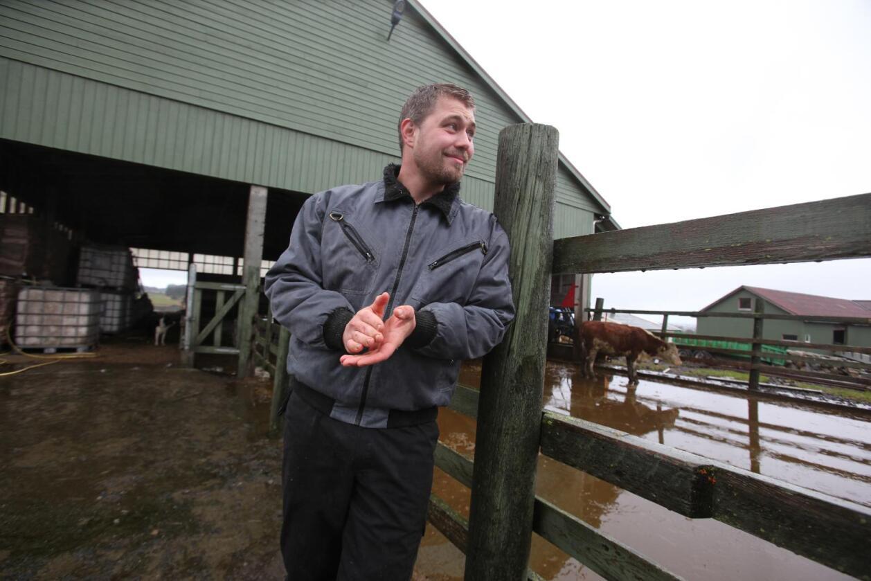 Fagjuryen velger en vinner som kåres under Bedre Landbruk fredag 10. november. Ingve Berntsen ble Årets unge bonde i 2016. (Foto: Stian Eide)