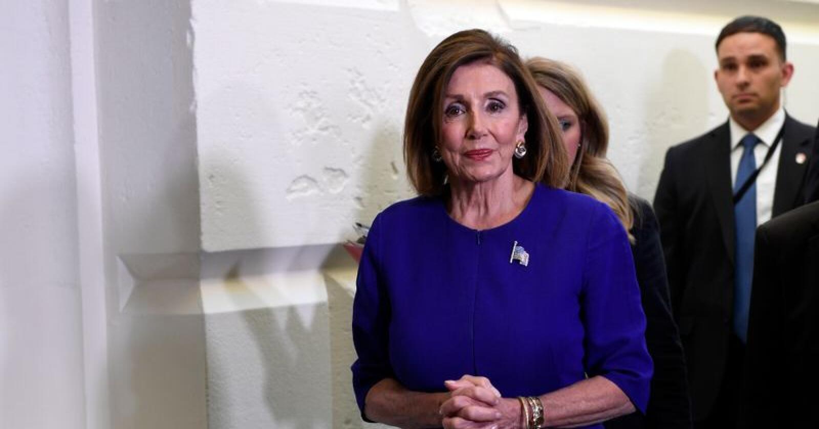 Nancy Pelosi og demokratene har valgt å ta det historiske steget å starte en riksrettsprosess mot president Donald Trump. Foto: AP / NTB scanpix