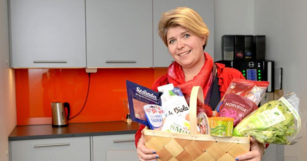 Nina Sundqvist mener produsentene av lokalmat må tenke enda mer på at de også skal tjene penger på maten sin. Foto: Mariann Tvete