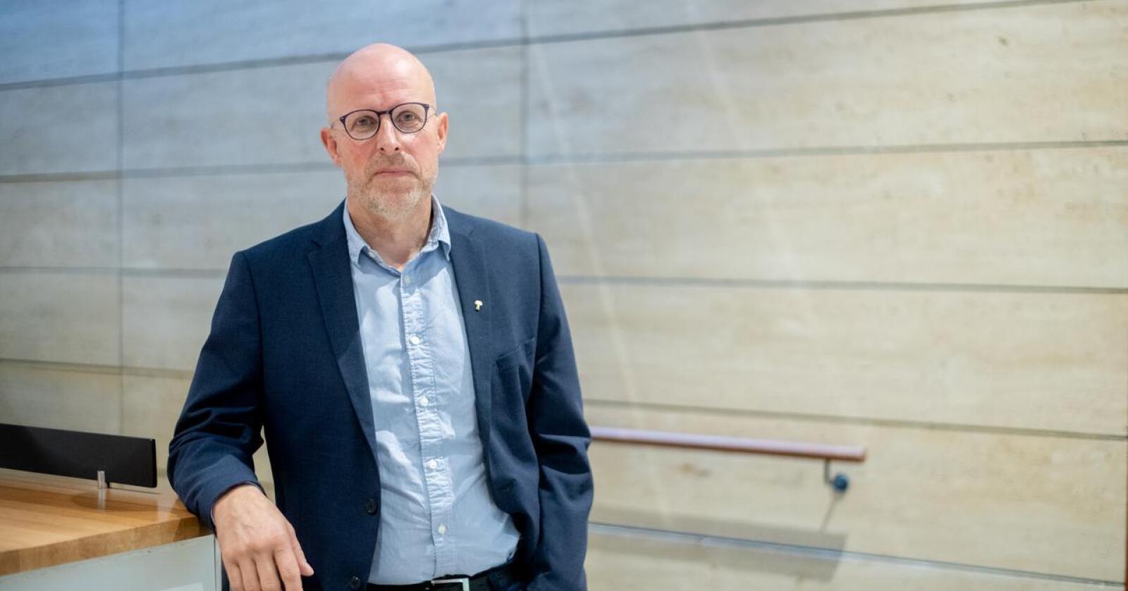 Erling Aas-Eng, styremedlem i Norges Bondelag, er misfornøyd med NRKs klimadekning av rødt kjøtt. Foto: Vidar Sandnes