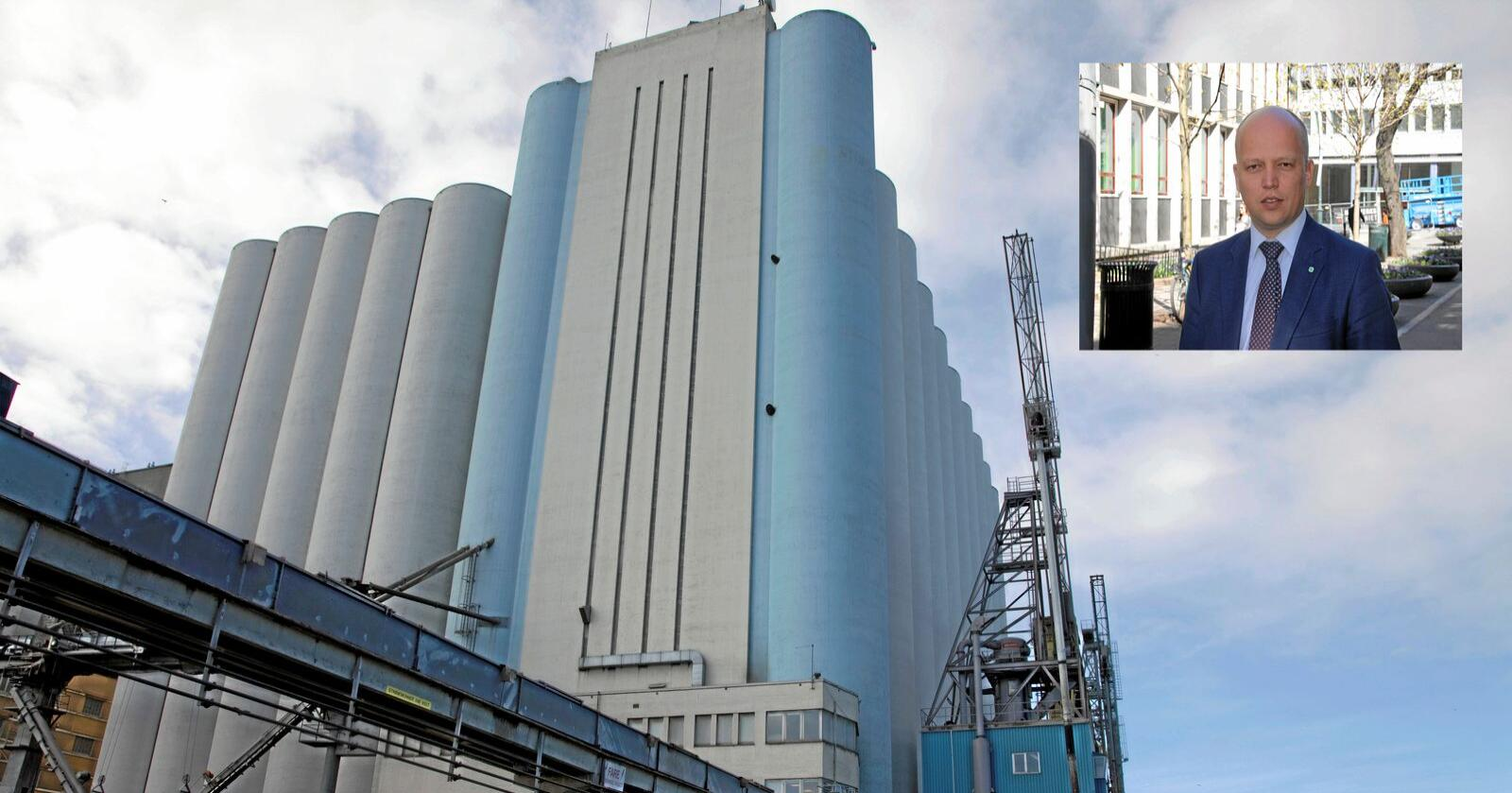 Landets desidert største kornlager, Stavanger Havnesilo, kan bli omregulert og solgt. Foto: Norgain