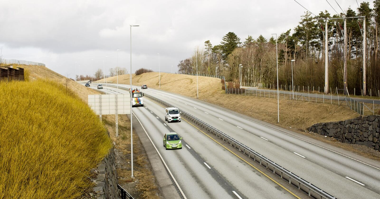 Nye Veier har blitt kritisert for å bygge veier til tross for tap av natur og matjord. Her fra Sandnes. Foto: Solfrid Sande
