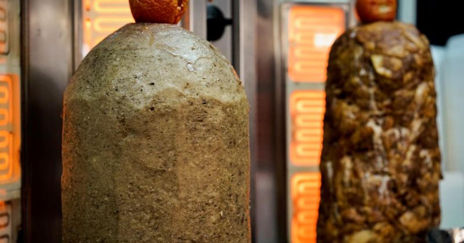 Store mengder med døner kebab må kastes etter at det ble påvist Salmonella. Illustrasjonsfoto: Nationen