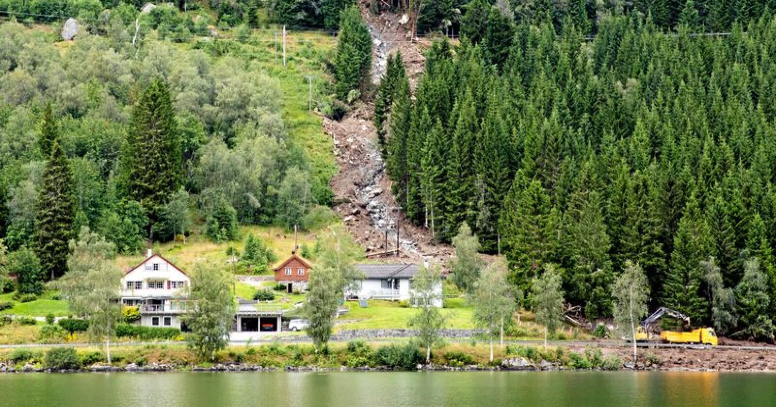 Det gikk flere jordras i Jølster i Sogn og Fjordane i sommer. Foto: Audun Braastad / NTB scanpix