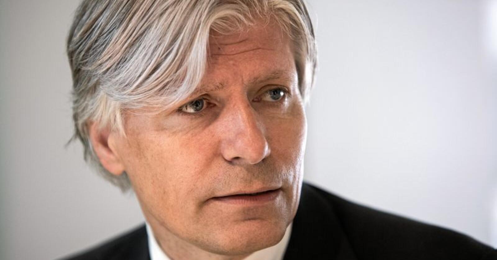 Klima- og miljøminister Ola Elvestuen har ikke tenkt å stoppe ulvejakta utenfor ulvesonen – enn så lenge. Foto: Ole Berg-Rusten / NTB scanpix