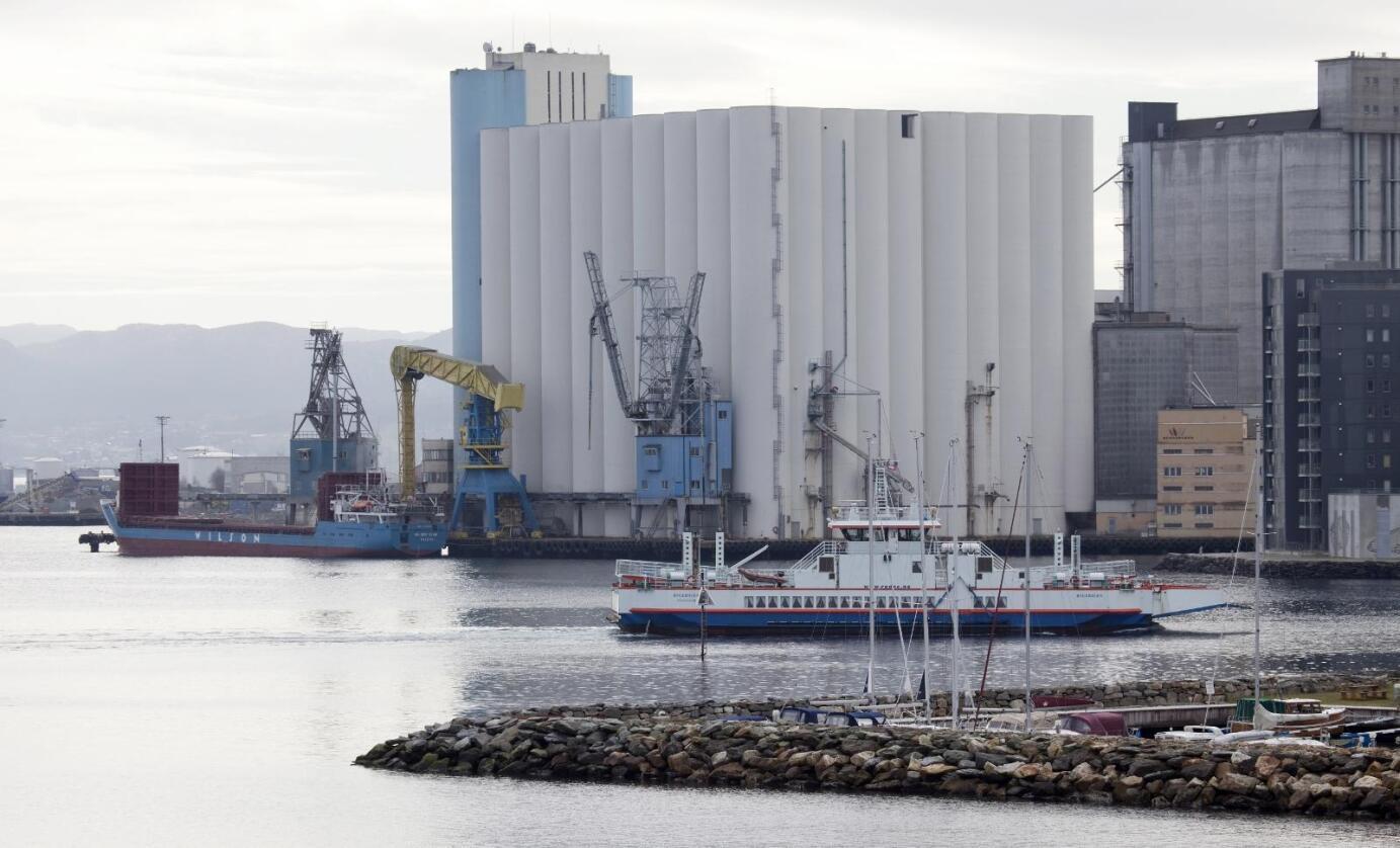 Stor kapasitet: Stavanger Havnesilo har ifølgje Paulsen kapasitet til å beredskapslagre 190.000 tonn kveite i dei 175 silocellene. Foto: Siri Juell Rasmussen