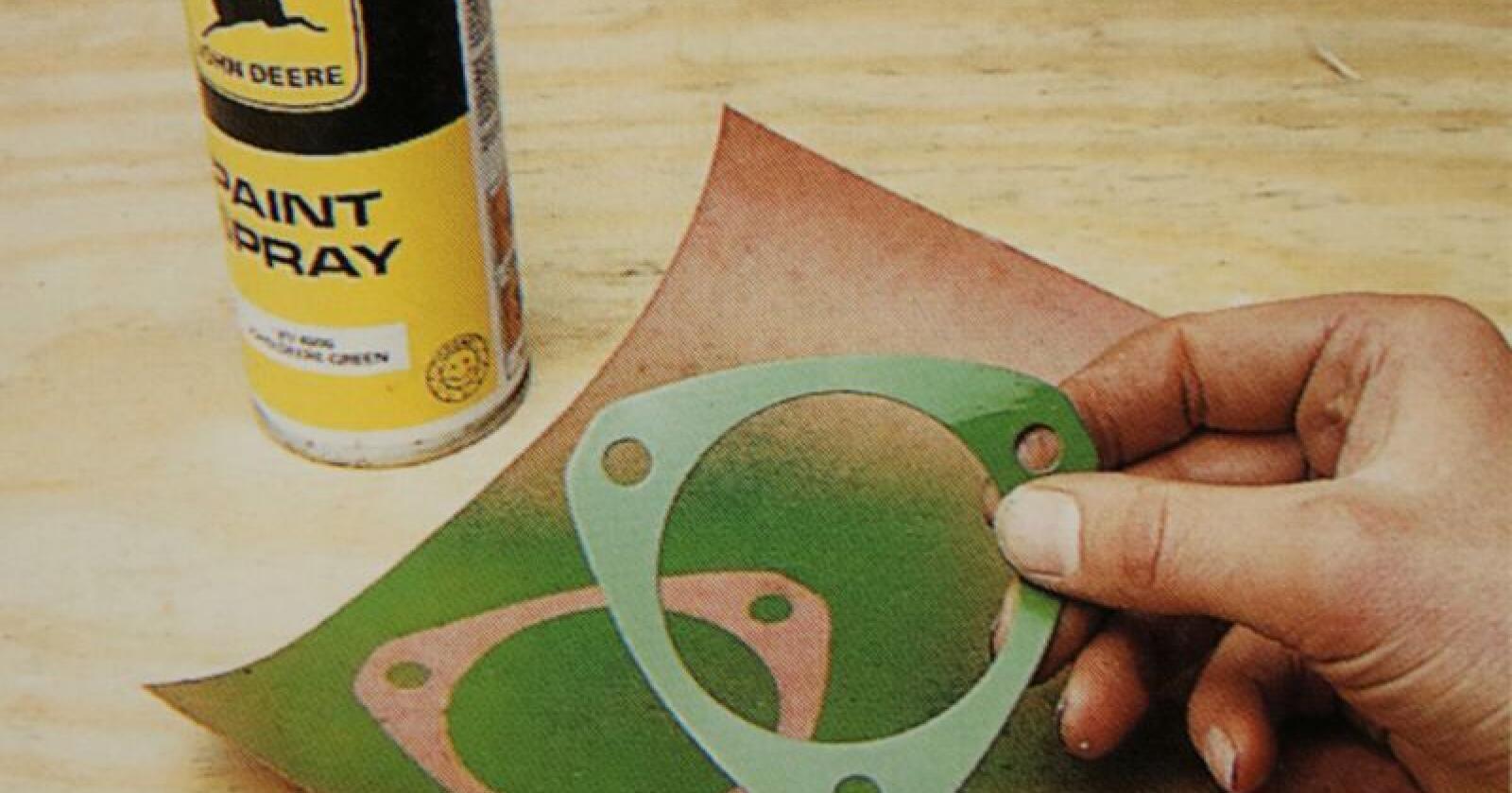 En kan enkelt rekonstruere gamle pakninger ved hjelp av pakningspapir på rull.