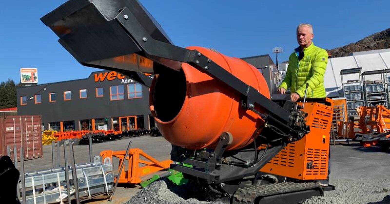 Ved å kombinere minidumper og betongblander har Weegruppen vært med å utvikle et produkt for dem som har behov for en terrengående betongblander.