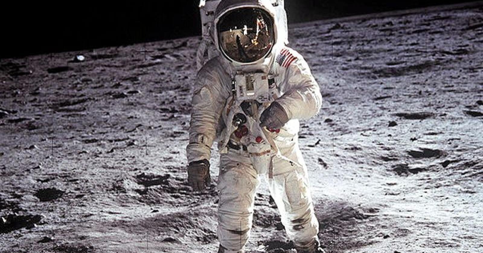 Ikke på månen?: En velkjent konspirasjonsteori er at Buzz Aldrin og Neil Armstrong aldri var på månen, men at bildene er forfalsket. Foto: Neil A. Armstrong / Nasa Center Headquarters / NTB scanpix