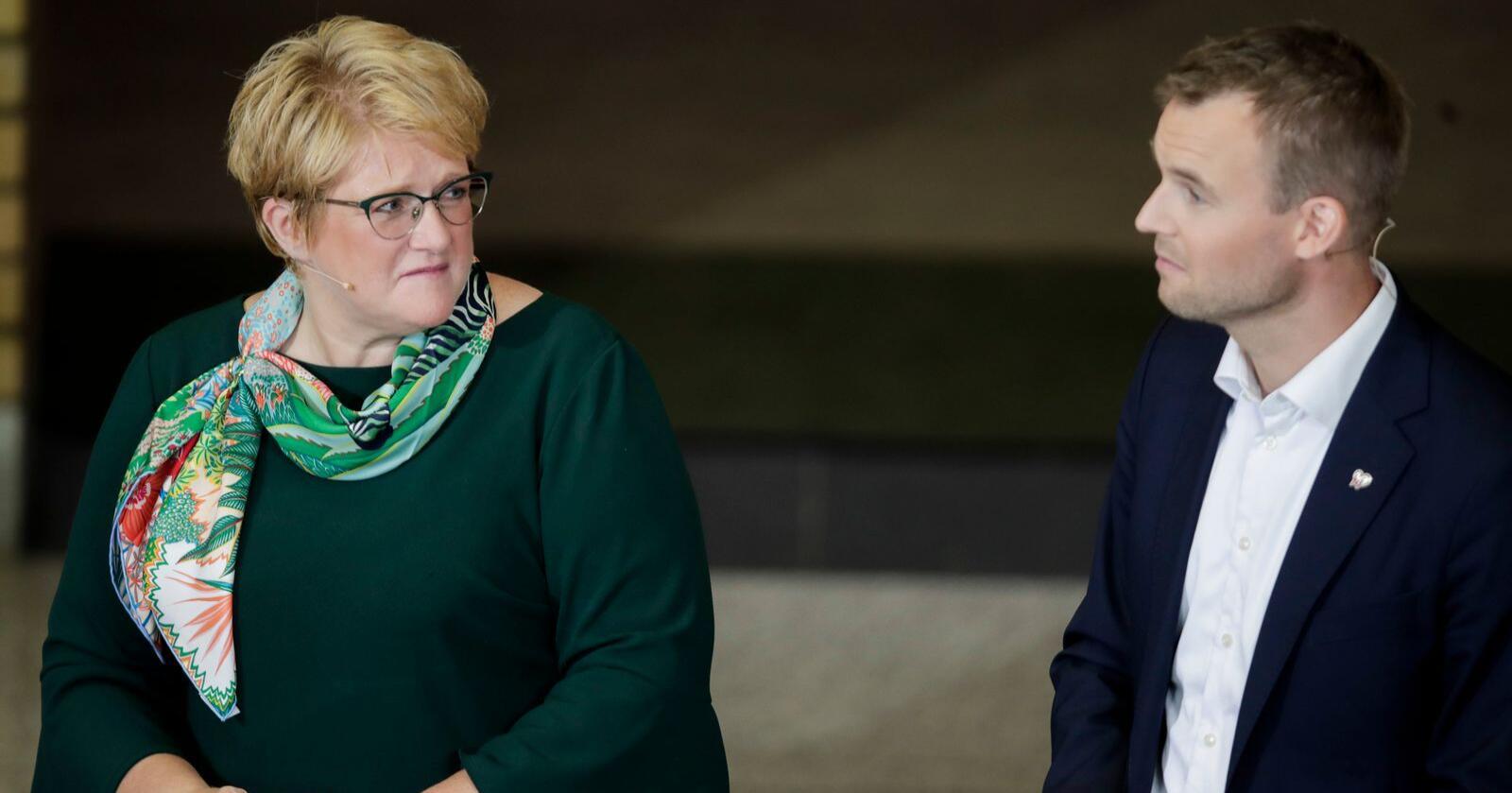 Venstre-leder Trine Skei Grande og KrF-leder Kjell Ingolf Ropstad sitter i regjering sammen, men får ikke all verden uttelling for det på målingene. Foto: Vidar Ruud / NTB scanpix