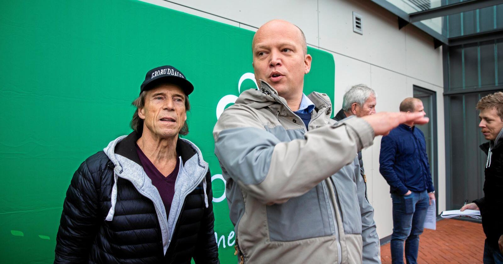 Velkommen: Jan Bøhler, her sammen med Sp-leder Trygve Slagsvold Vedum, er velkommen i et parti som lytter til folk, skriver innsenderen. Foto: Berit Roald / NTB