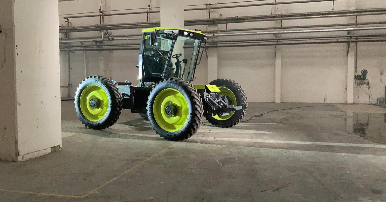 Fargevalg: Traktoren minner i valg av farger om tidligere tiders legendariske MB-Trac. Får denne samme legendestatus?