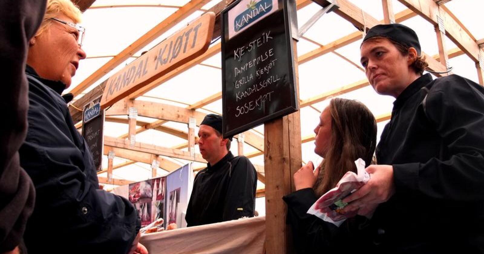 Viktig matarena: Under festivalen kan ein høyre historiene bak maten.  (Arkivfoto frå Bergen Matfestival)