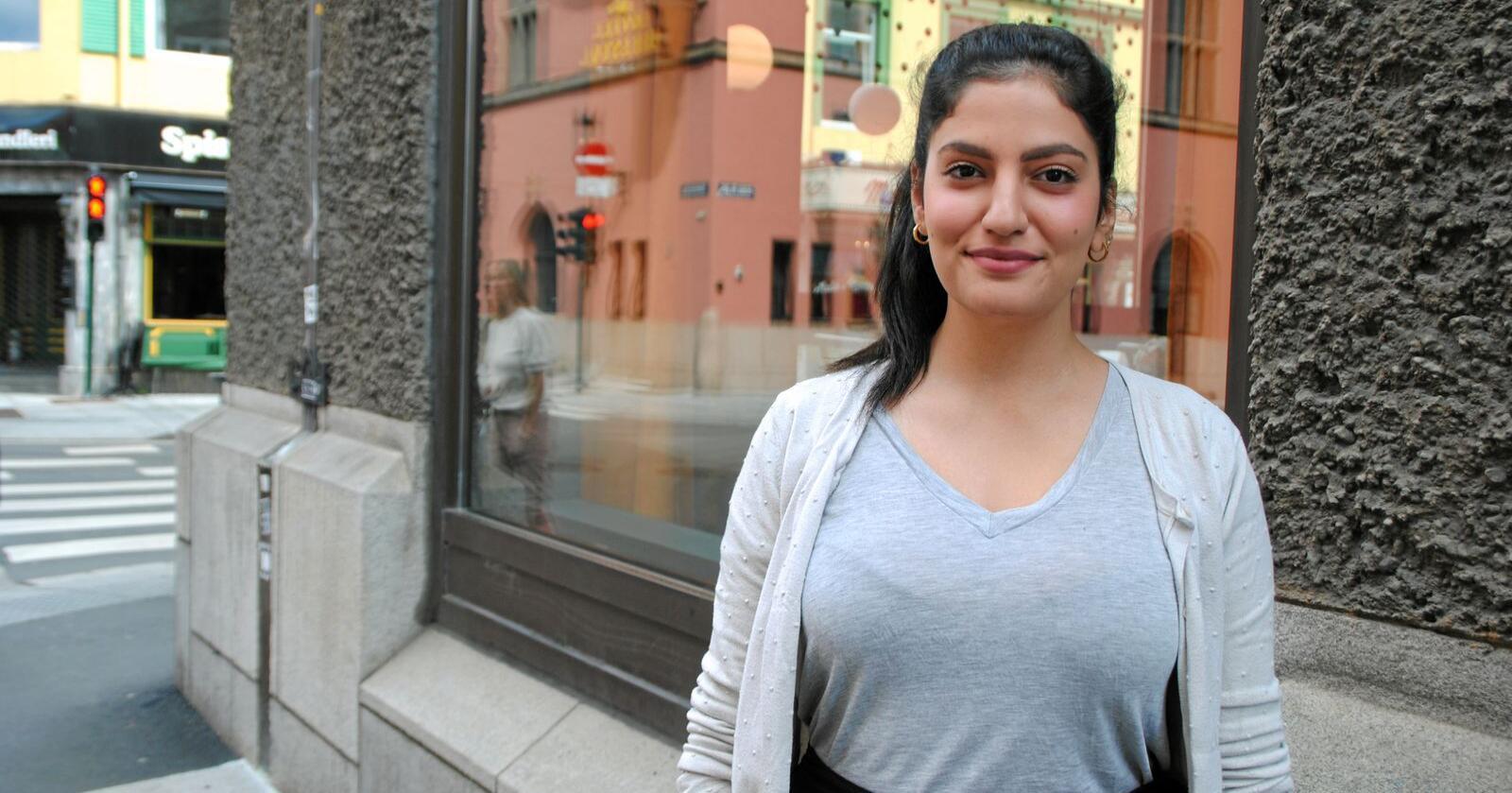 Nadine Al-Mustafa er politiker i Oslo Senterpartiet. Hun er vokst opp på Furuset i Oslo. Foto: Lars Bilit Hagen