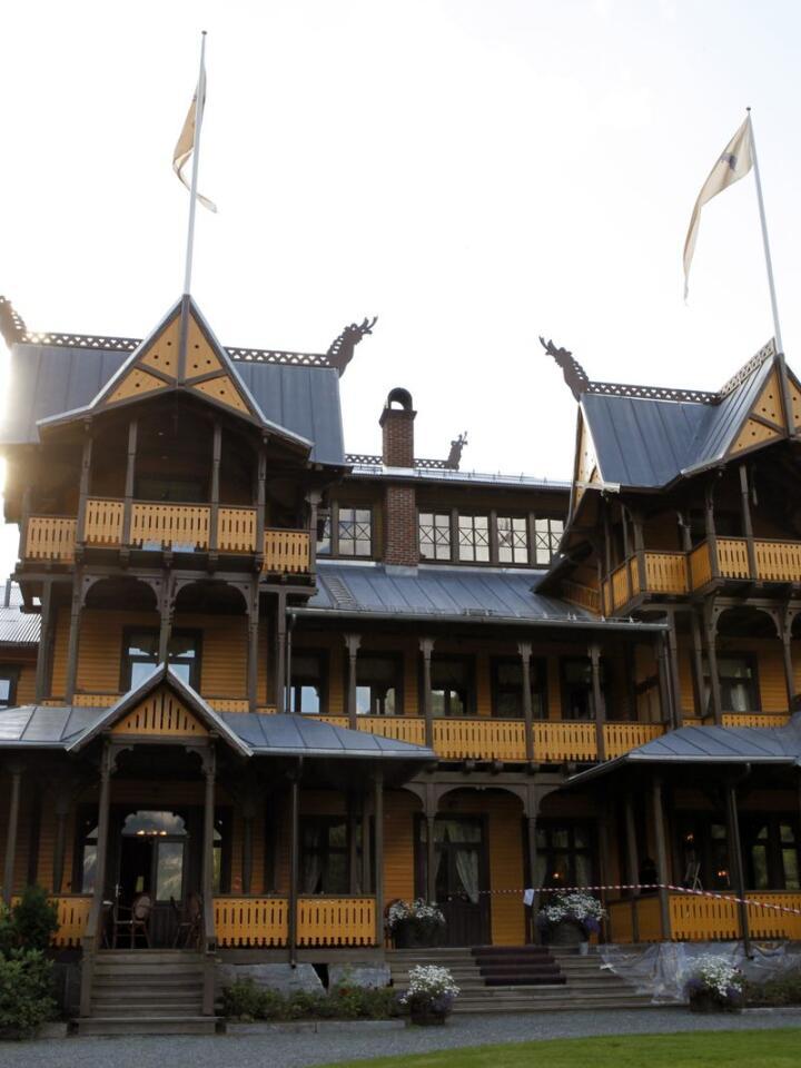 SPØKELSESHUS: Dalen Hotel er kjent for sine spøkelseshistorier. Gjester skal både ha hørt barnegråt og sett en kvinneskikkelse i korridorene.   FOTO: Marianne Løvland / NTB