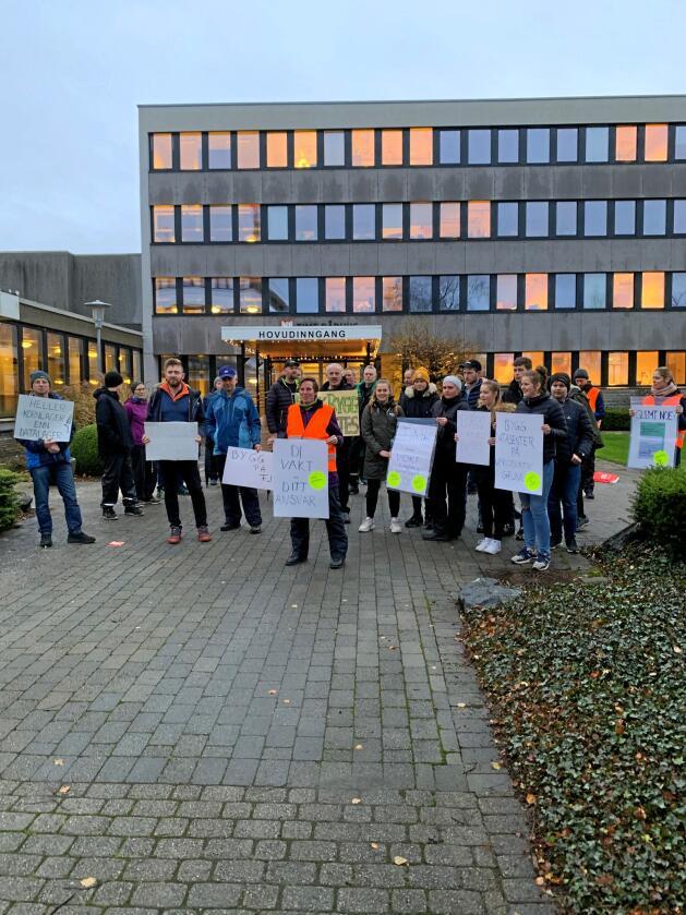 Her fra en tidligere demonstrasjon utenfor rådhuset på Bryne i forbindelse med utbyggingsplanene for et datasenter på Kalberg ved Kvernaland på Jæren. Foto: Rogaland Bondelag