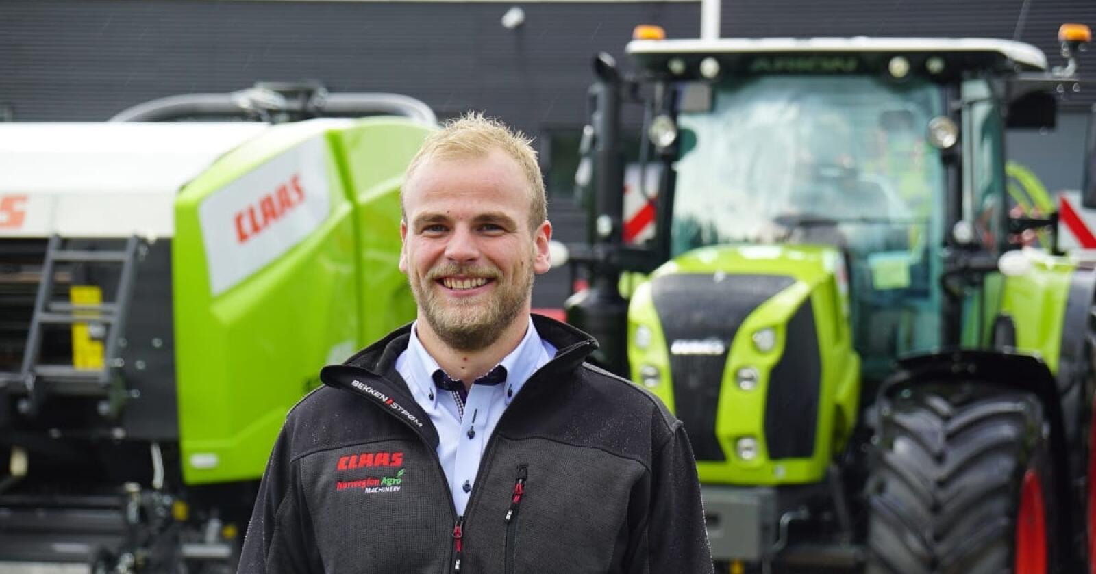 Håvard Johansen Lindgaard er ny salgs og produktsjef for Claas traktorer i Norge,og skal hjelpe til med å få enda flere kunder til å velge lysegrønne traktorer fra Le-Mans fabrikken.