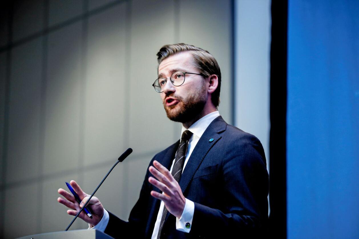 Klima- og miljøminister Sveinung Rotevatn (V). Foto: Vidar Ruud / NTB scanpix