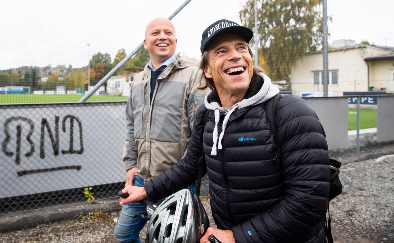 Jan Bøhler kan sikre Oslo Sp mer enn en stortingsplass: Han trekker også pengesterke investorer til partiet. Her er han sammen med Sp-leder Trygve Slagsvold Vedum (t.v.). Foto: Berit Roald / NTB