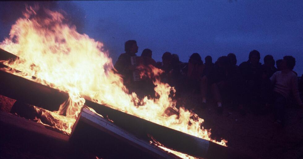 Nytt rovdyropprør: Inspirert av den norske vardeaksjonen 26. februar settes den svenske landsbygda i brann. Illustrasjonsfoto: Oddvar Walle Jensen / NTB scanpix