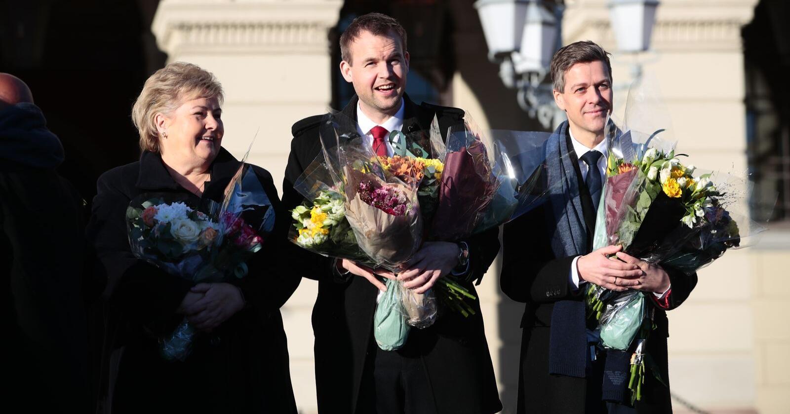 Knut Arild Hareide (t.h.) ble fredag presentert som ny samferdselsminister. Her sammen med statsminister Erna Solberg og Kjell Ingolf Ropstad. Foto: Håkon Mosvold Larsen / NTB scanpix.