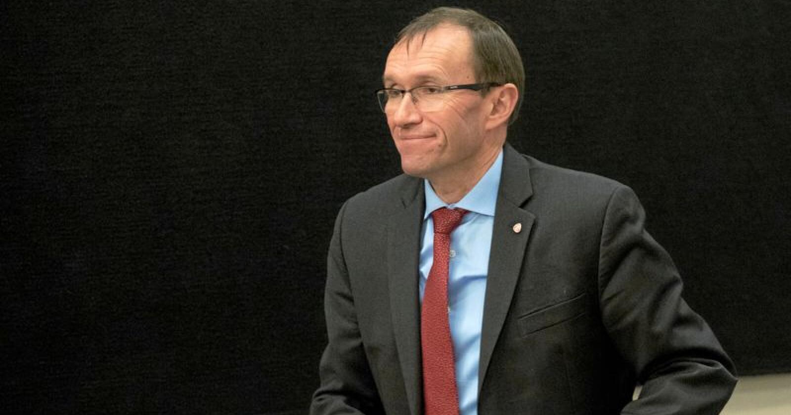 Godt fornøyd: Espen Barth Eide i Ap er fornøyd med Stortingets behandling av EUs 3. energipakke. Foto: Terje Bendiksby / NTB scanpix