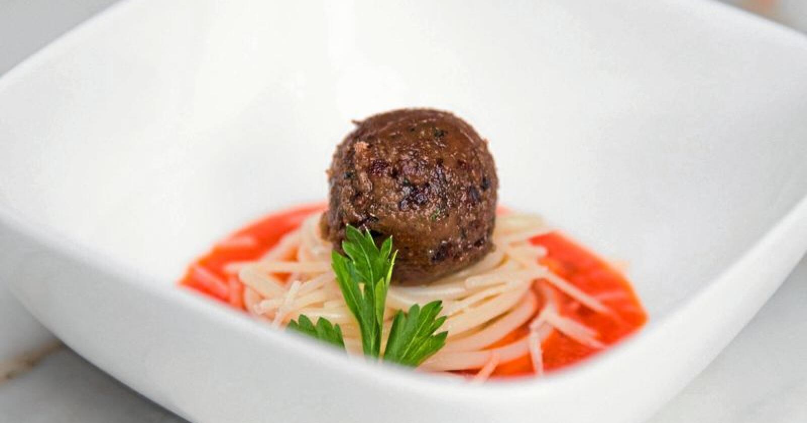 Kunstig: Kjøttbolle, dyrket fram i et laboratorium. Foto: Memphis Meats