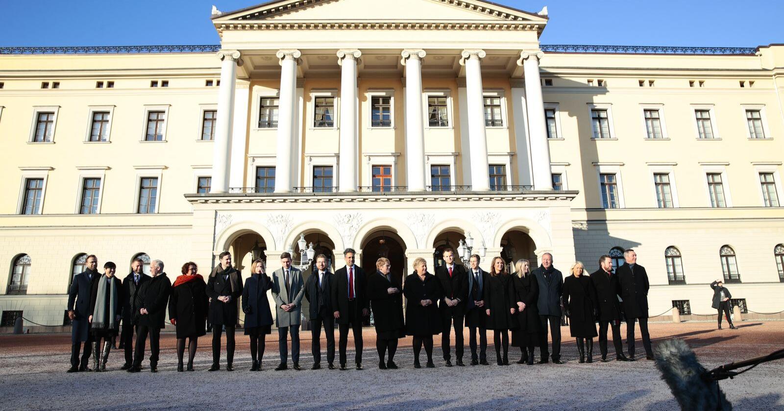 Solbergs nye regjering ble presentert fredag. Foto: Håkon Mosvold Larsen / NTB scanpix