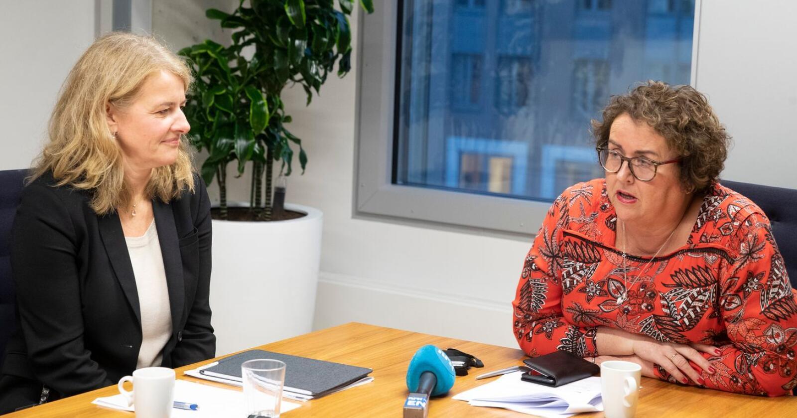 Landbruks- og matminister Olaug Bollestad har vært i møte med administrerende direktør i Mattilsynet. Bildet er 12. desember fra det første møtet etter KPMG-rapporten ble offentliggjort, 12. desember i fjor. Foto: Terje Bendiksby / NTB scanpix