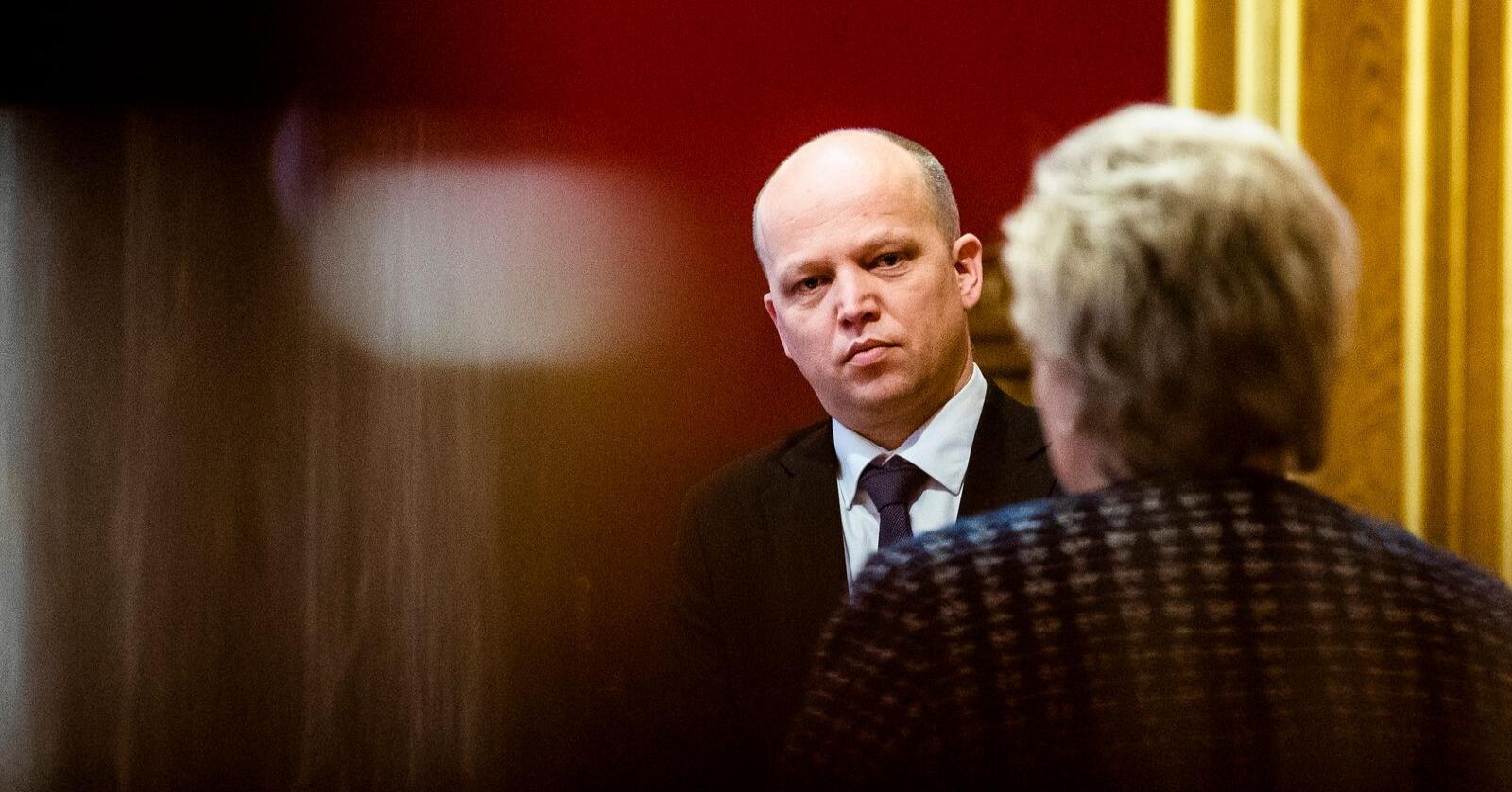 Trygve Slagsvold Vedum (Sp) mener Erna Solberg blir avslørt i ny utredning. Foto: Berit Roald / NTB scanpix