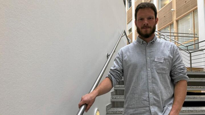 Olivier Bonnet jobber som rådgiver for franske beitebrukere. Utdannelsen er doktorgrad i økologi. Foto: Svein Egil Hatlevik