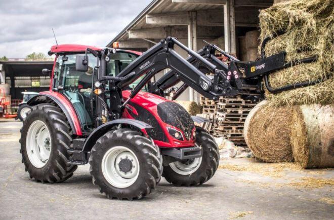 Valtra feirer 70 år som traktorprodusent i 2021. Avbildet traktor er ikke av jubileumsmodellen.