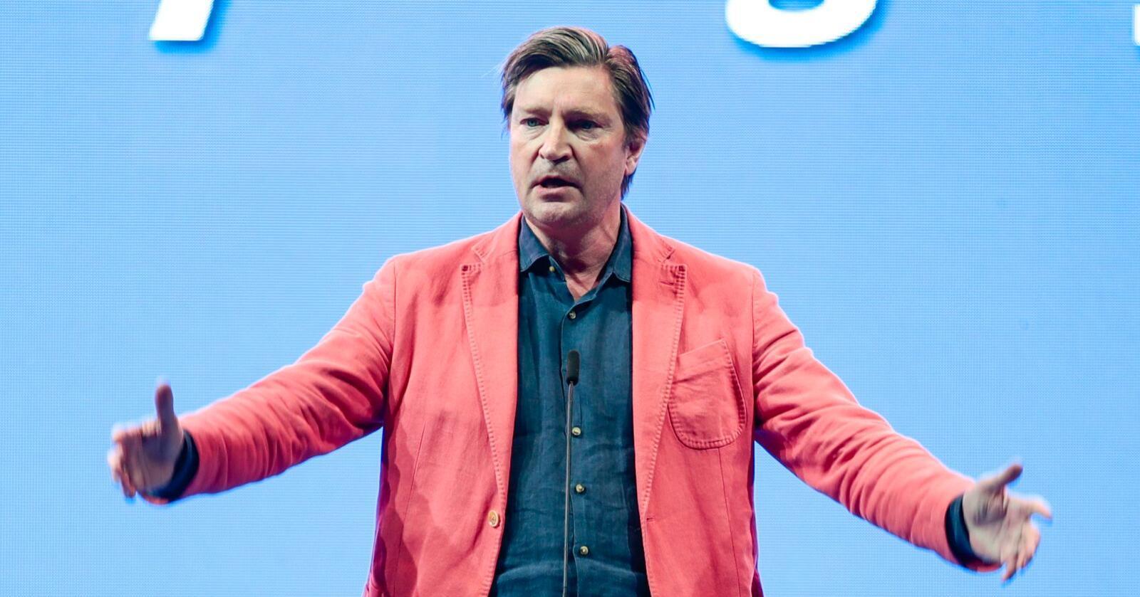 Stortingsrepresentant Christian Tybring-Gjedde mener Frp bør gå ut av regjering og forlanger en avstemming i stortingsgruppen om saken. Foto: Lise Åserud / NTB scanpix