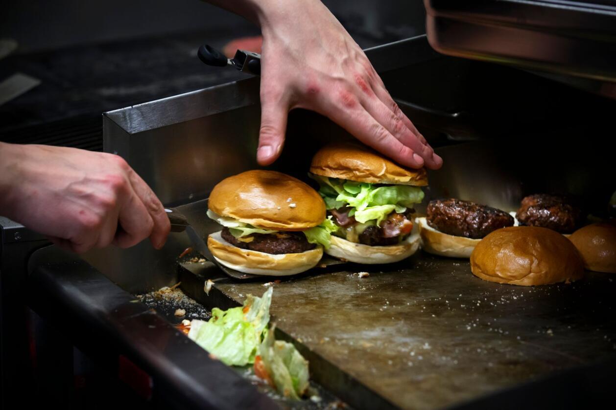 Sps programkomité foreslår klimaavgift på importert kjøtt. Foto: Heiko Junge / NTB