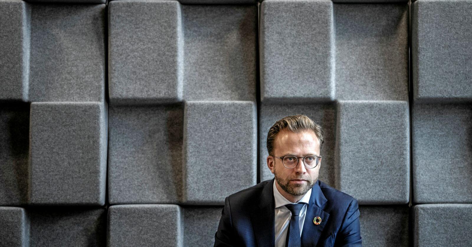 """Mur av motstand: Kommunalminister Nikolai Astrup sier de nye tvangssammenslåtte fylkene har """"styrket sin rolle som samfunnsutvikler"""". Foto: Ole Berg-Rusten / NTB"""