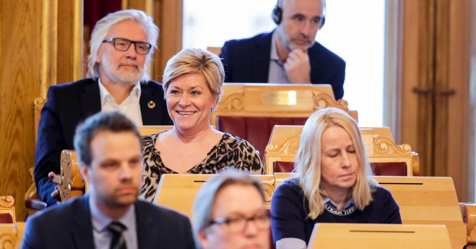 Frp-leder Siv Jensen er tilbake på Stortinget etter over seks år som finansminister. Nå gjør partiet et kjempebyks på målingene. Foto: Vidar Ruud / NTB scanpix