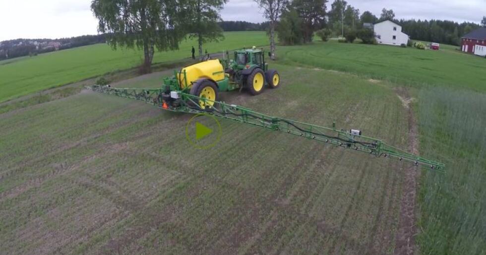 Forsøk har vist at sprøytemiddelmengden i korn kan halveres ved bruk av den norskutviklede DAT-sensoren.