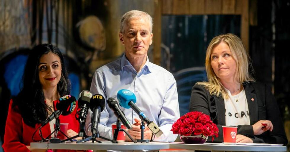 Ap-ledelsen: Nestleder Hadia Tajik, leder Jonas Gahr Støre og partisekretær Kjersti Stenseng. Foto: Håkon Mosvold Larsen / NTB scanpix