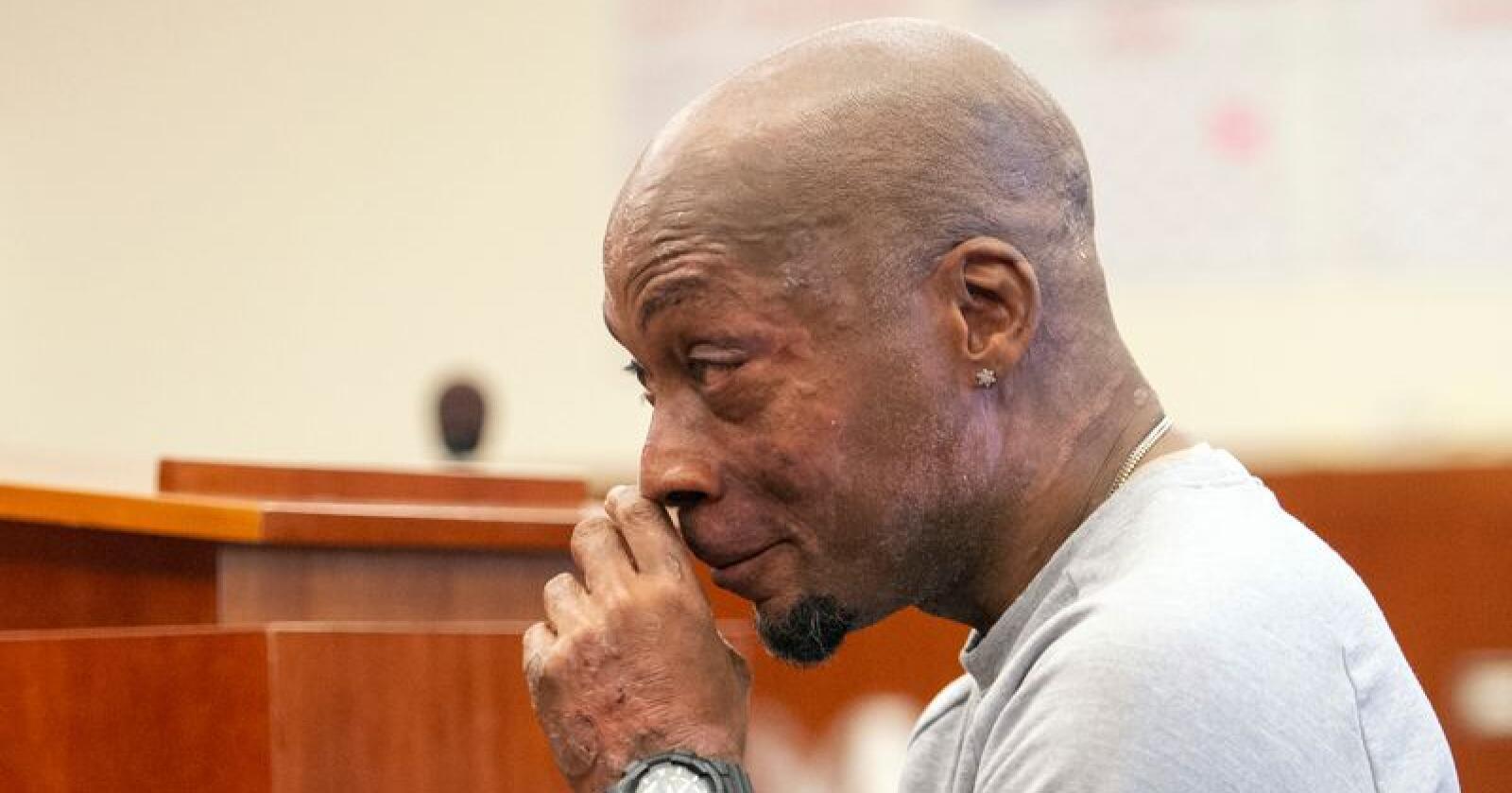 DeWayne Johnson anklager ugressmiddelprodusenten Monsanto for å ha holdt kreftrisikoen ved produktene sine skjult. Johnson er døende av kreft og hevder eksponering for ugressmiddel er årsaken. Foto: Josh Edelson / AP / NTB scanpix