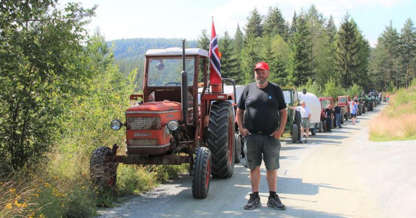 Sigdølingen Jarle Fjeld er initativtaker bak den tradisjonsrike traktorturen. (Foto: Lars Raaen)