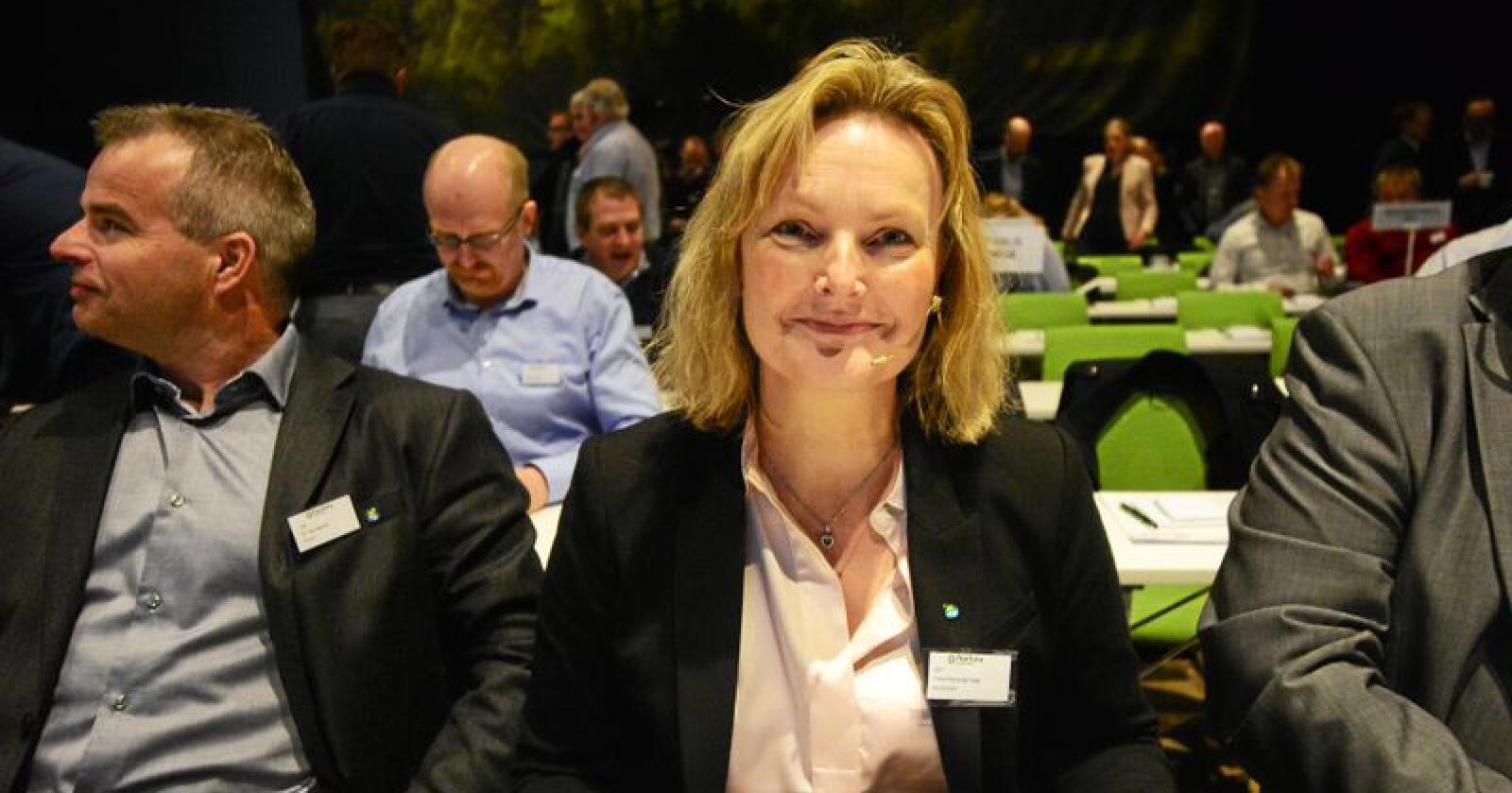 Trine Hasvang Vaag er gjenvalgt som styreleder i Nortura. Per Heringstad (t.v.) blir erstattet som styrenestleder av Steffen Skolsegg. Foto: Siri Juell Rasmussen