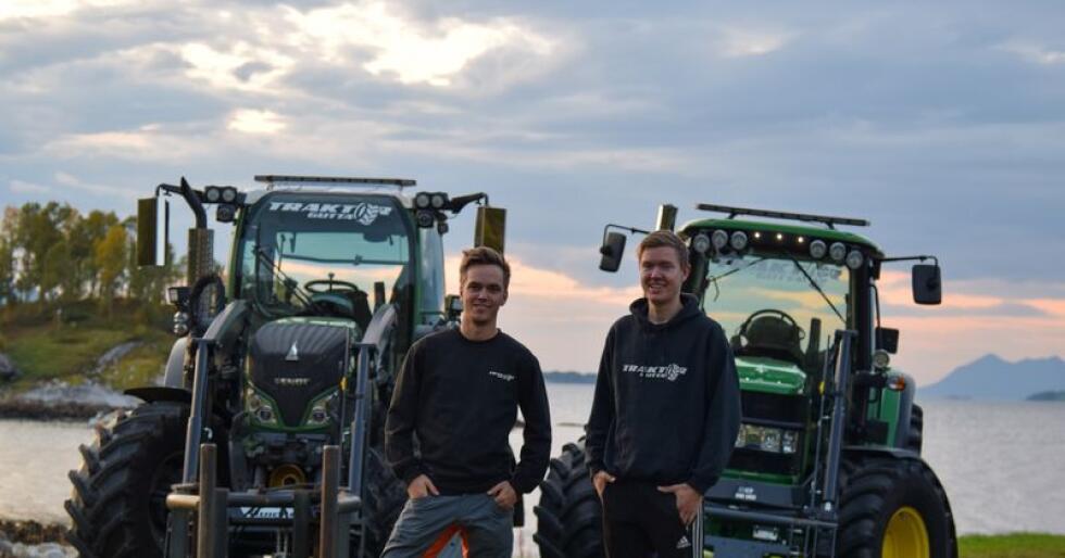 Komanjonger: Daniel (t.v.) og Isak har planene klare for et livslangt samarbeid i landbruket. Videoproduksjonen deres som begynte nærmest ved en tilfeldighet, har nå spredd seg rundt om i alle verdenshjørner. (Foto: TraktorGutta)