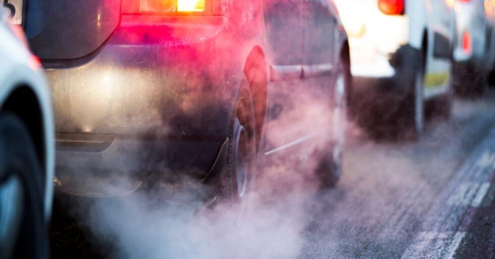 Det er ikke lov å legge ned forbud mot diesel- og bensindrevne kjøretøy i Norge eller i enkeltland i EU. Dette kan endre seg etter hvert, ifølge EU-topp. Illustrasjonsfoto: Berit Roald / NTB scanpix